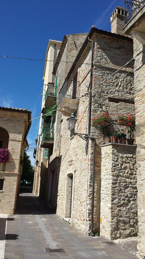 Wenig Straße in Crecchio Abruzzo Italien lizenzfreies stockfoto