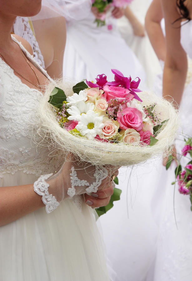 Wenig weicher Hochzeitsblumenstrauß lizenzfreie stockfotos