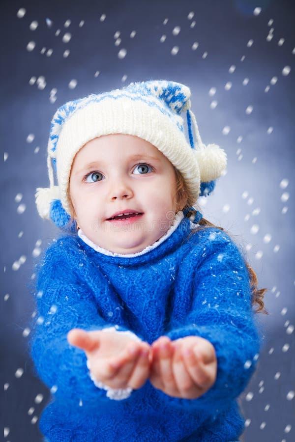 Wenig Wintermädchen stockbilder
