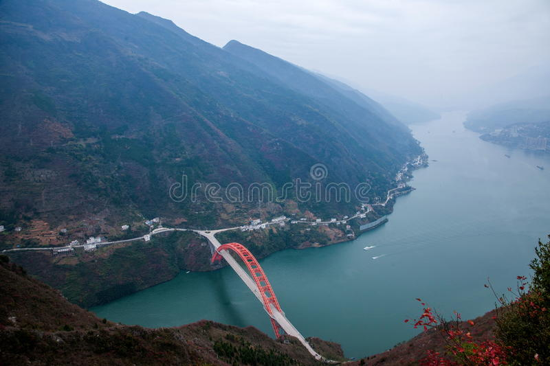 Wenshan County, Chongqing Wenfeng Forest Park overlooking the Wushan Yangtze River Bridge and Wushan County. Wenfeng Forest Park, located in the north shore of stock photos