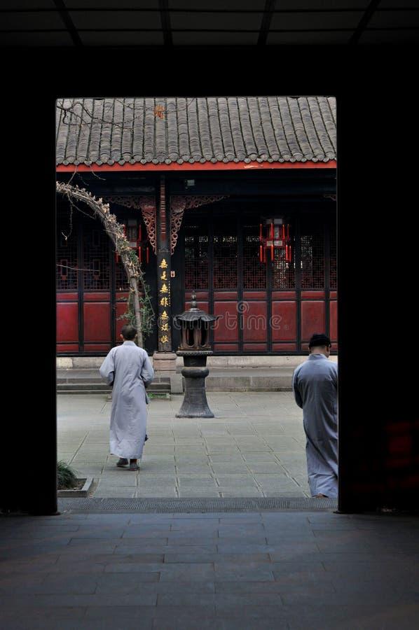 Wenshu-Kloster-Mönche lizenzfreie stockfotografie