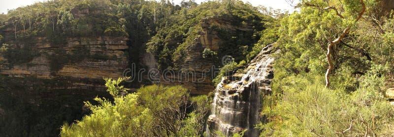 Wentworth nedgångar, blå bergnationalpark, NSW, Australien arkivfoto