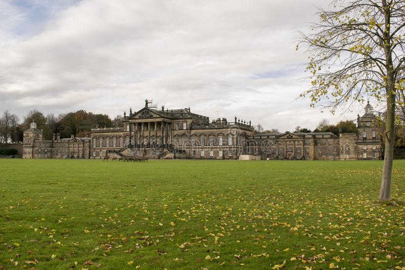Wentworth Woodhouse Mansion With Deer stockbild