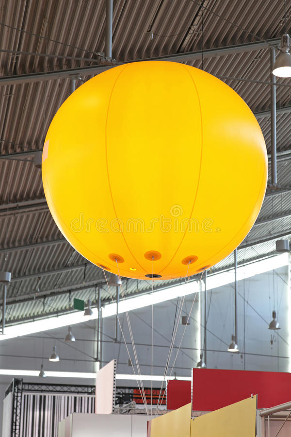 Werbungsballon lizenzfreie stockbilder