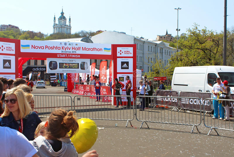 Werd de Kyiv halve marathon gehouden in Kyiv, de Oekraïne stock foto