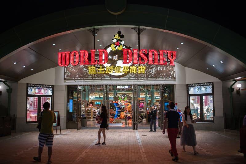 Wereld van Disney-opslag in Shanghai Disneyland in Shanghai, China royalty-vrije stock fotografie