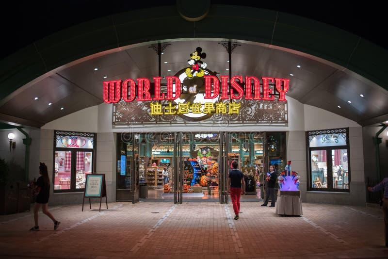 Wereld van Disney-opslag in Shanghai Disneyland in Shanghai, China royalty-vrije stock afbeelding