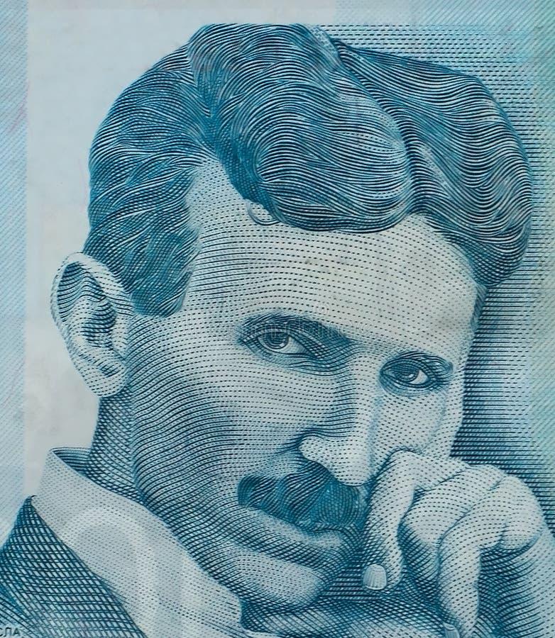 Wereldberoemde het portret dichte omhooggaand van uitvindersnikola tesla op Servisch bankbiljet stock foto's