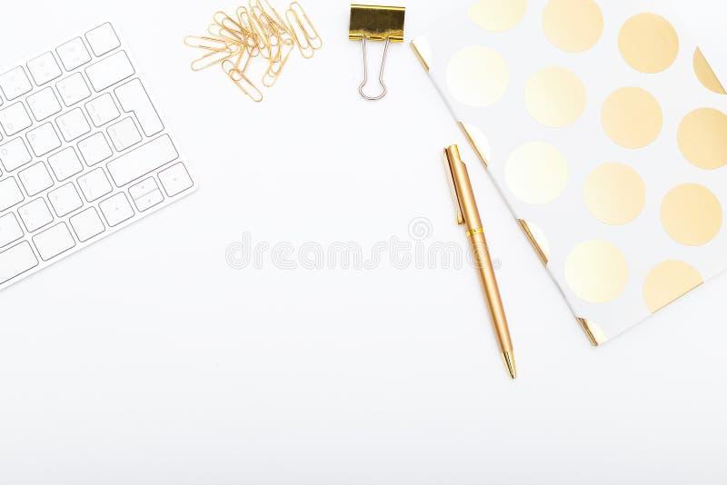Werkplaats met gouden voorwerpen De ruimte van het exemplaar royalty-vrije stock foto's