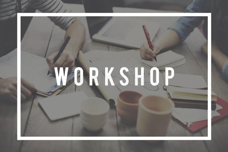 Werkstatt-Seminar, das Arbeitsgemeinschafts-Konzept lernt stockbild