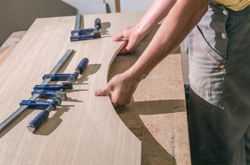 Werkzeuge für die Fertigung von Möbeln lizenzfreies stockbild