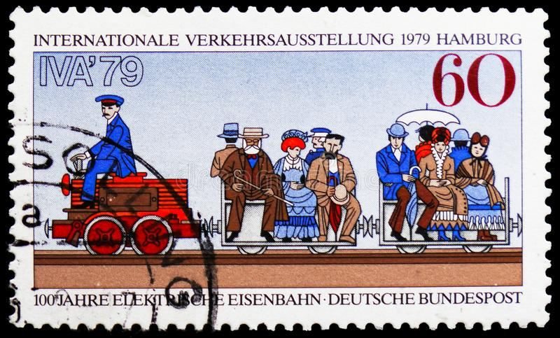 Werner von Siemens Electric Railway, 1879, exposição internacional do tráfego, serie de Hamburgo, cerca de 1979 imagens de stock
