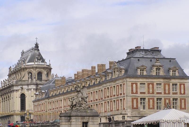 Download Wersal 4 pałacu zdjęcie stock. Obraz złożonej z złoto, teren - 37914