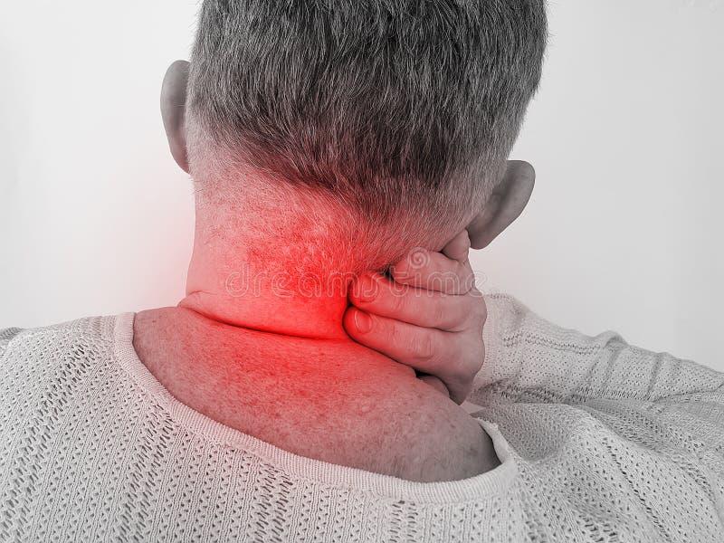 Wervel het symptoom van de mensen het pijnlijke hals lijden stock afbeeldingen