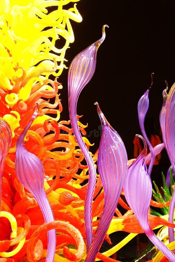 Wervelende kleuren van opgeblazen glas stock afbeeldingen