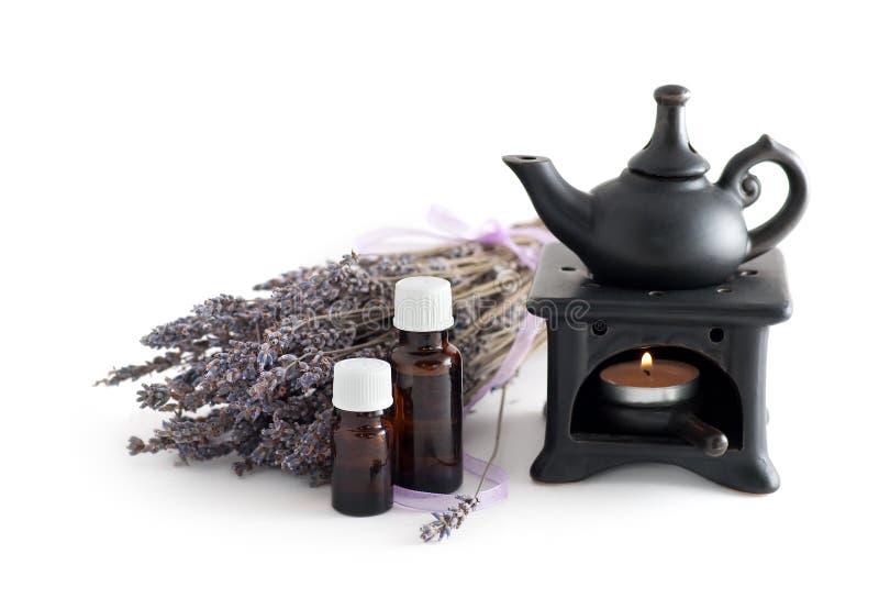 Wesentliches Schmieröl des Lavendels stockbild