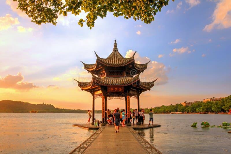 West Lake, Hangzhou, Kina royaltyfria bilder