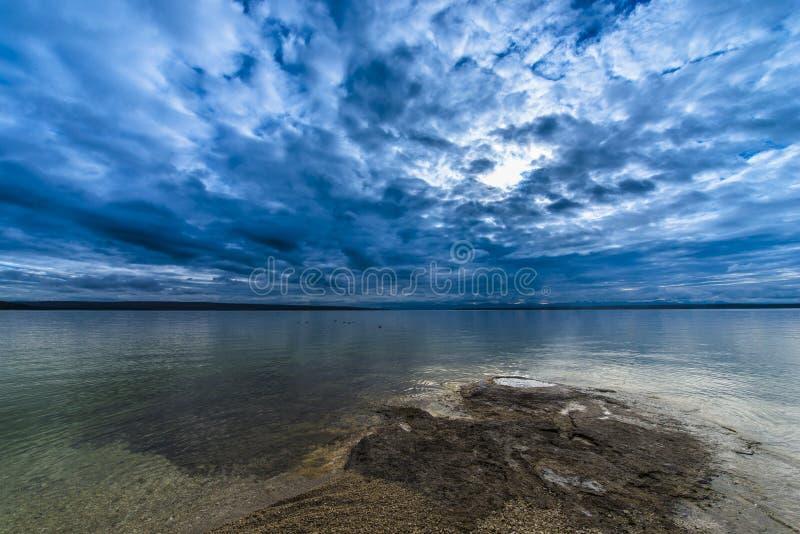 Westdaumen-Geysir-Bassin Yellowstone lizenzfreie stockfotos