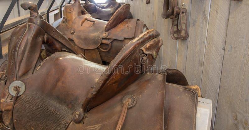 Westelijke het Paardkopspijker van het Stijl Antieke Zadel stock foto