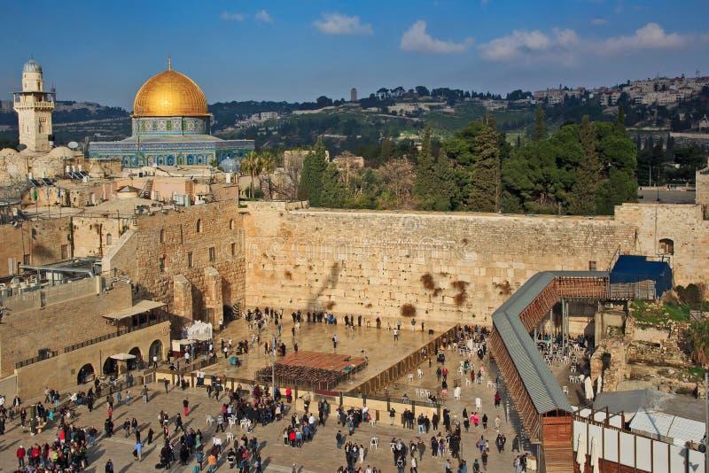 Westelijke Muur en Koepel van de Rots in de oude stad van Jeruzalem, stock foto