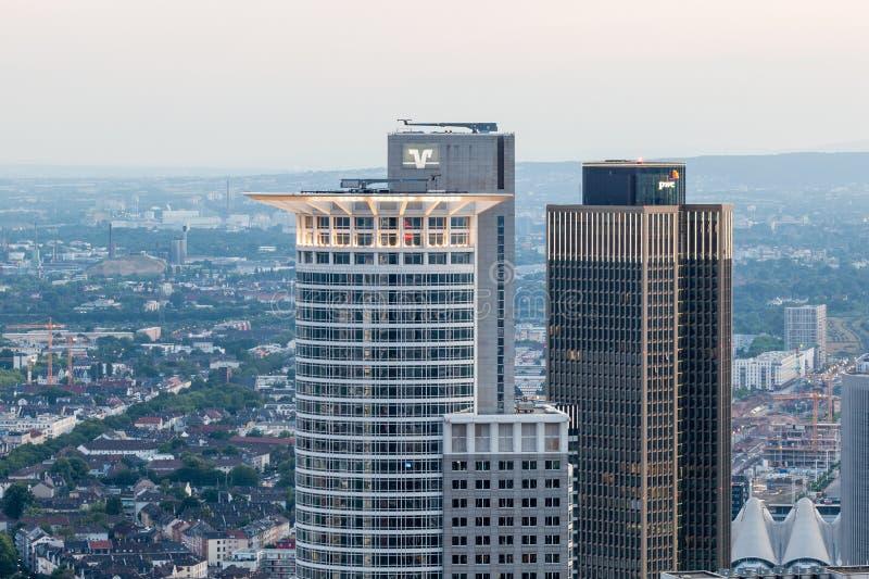 Westend wierza w Frankfurt magistrali, Niemcy fotografia stock