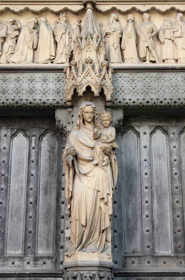 Westminster Abbeystatue stockfotos