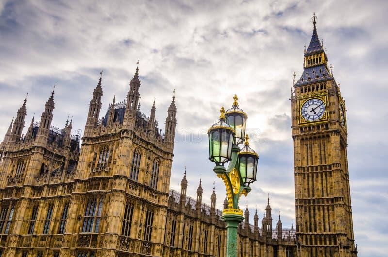 Westminster House of Parliament e Big Ben, Londra fotografia stock libera da diritti