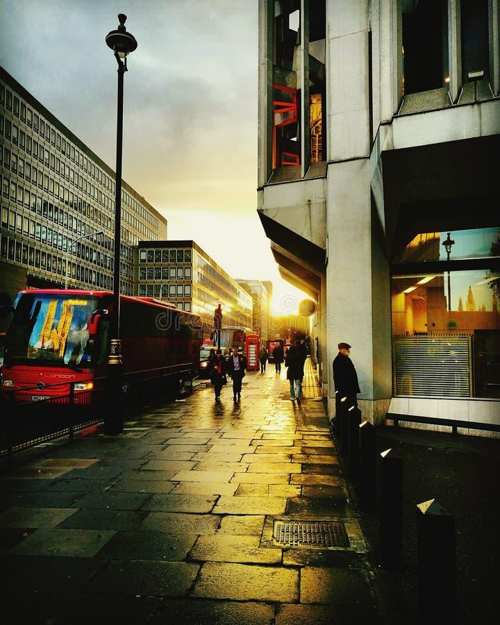 Westminster y reflexiones imagen de archivo
