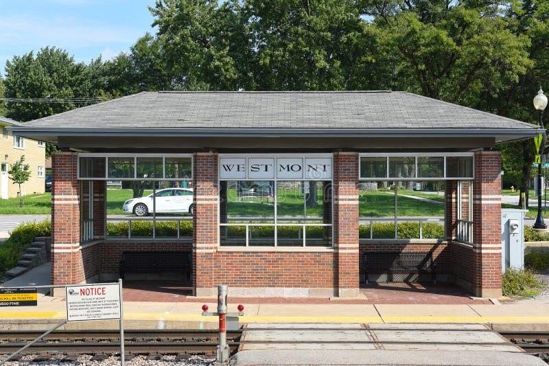 Westmont pociągu platforma zdjęcia royalty free