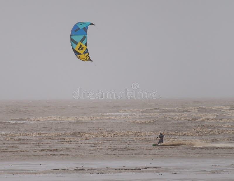 Weston Super Mare Kitesurfing foto de archivo