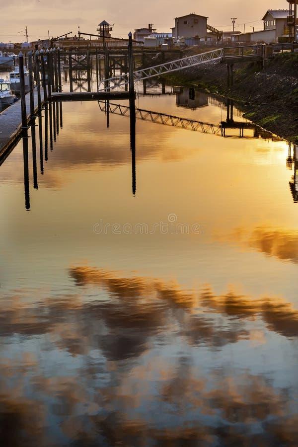 Westport日落灰色港口华盛顿州 免版税库存照片