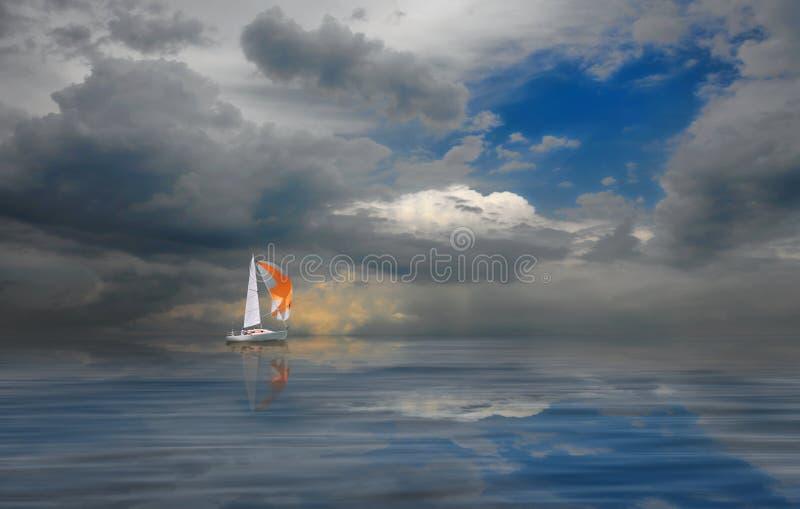 Wettbewerbssegelboote auf goldenem See Süd-Ural stockfotografie