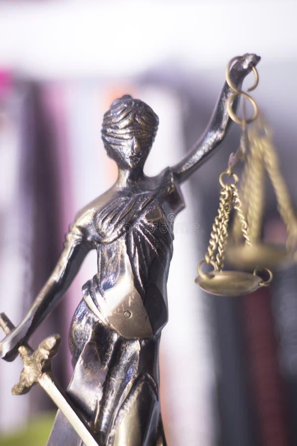Wettelijk advocatenkantoorstandbeeld royalty-vrije stock foto's