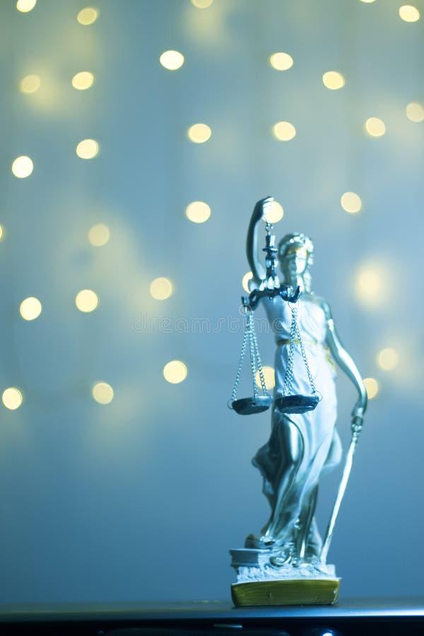 Wettelijk het bureaustandbeeld van de advocatenrechtvaardigheid royalty-vrije stock foto's