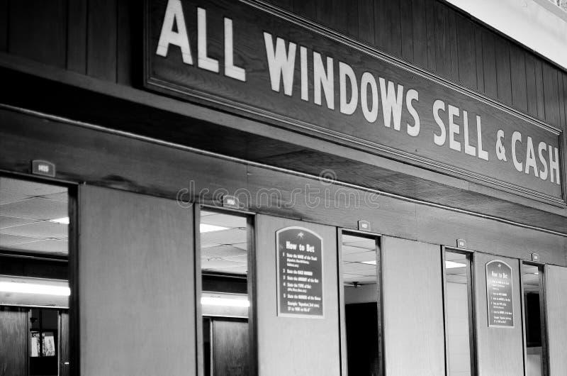 Wetten des Fensters lizenzfreie stockfotos