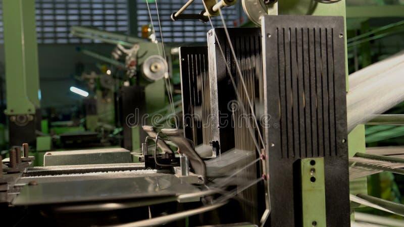 Wevende machines stock video