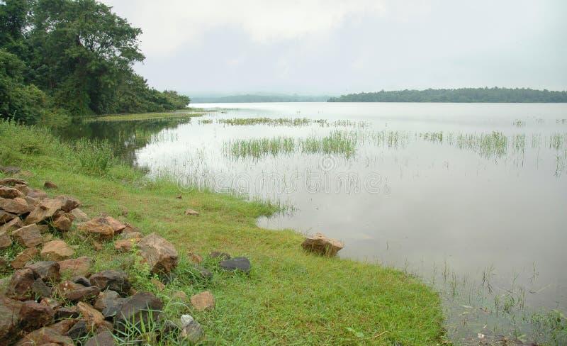 Wewa de Bathalagoda (lago) fotografía de archivo