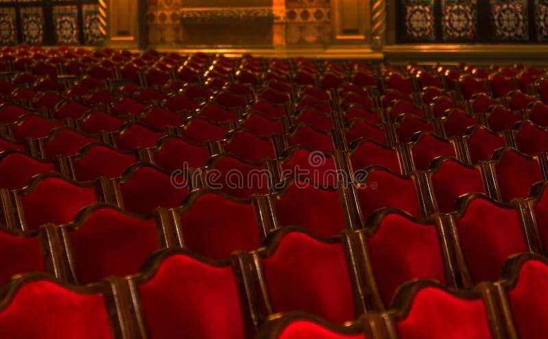 Wewnętrzna teatr sztuka Widownia z pustymi miękkimi karłami opera i Baletniczy teatr czekać na widowni Pusty wnętrze obrazy stock