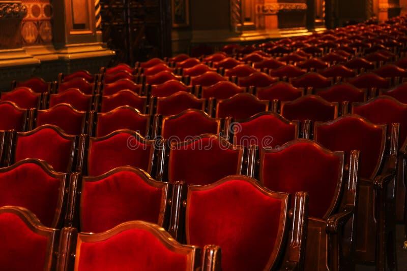 Wewnętrzna teatr sztuka Widownia z pustymi miękkimi karłami opera i Baletniczy teatr czekać na widowni Pusty wnętrze obraz stock