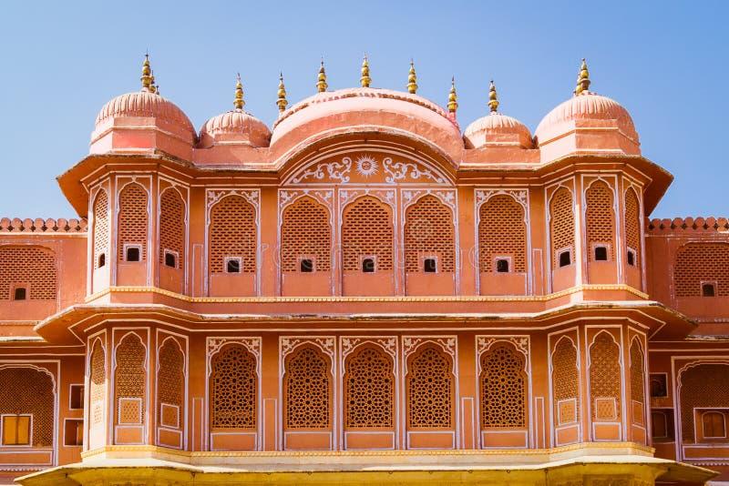 Wewnętrzna fasada lub elewacja pałacu miejskiego Jaipur w jasnym słonecznym dniu fotografia stock