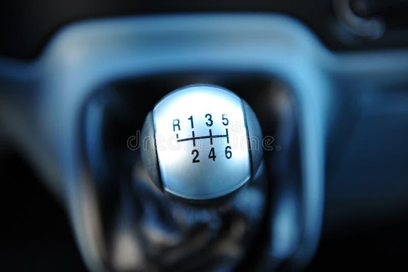 wewnętrzna samochodu w skórzany prędkość strony pojazdu Ręcznego przekazu przekładni przesunięcie Szarość kolor zdjęcie stock