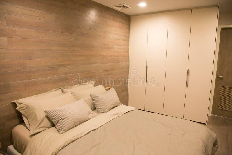 Wewnętrznego projekta nowożytna sypialnia zdjęcie stock