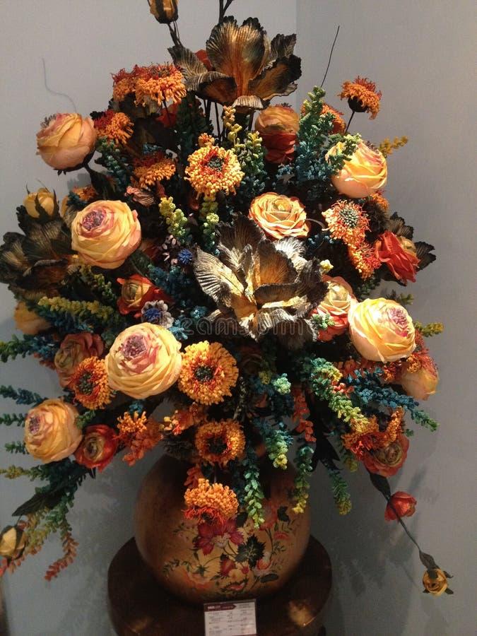 Wewnętrznej dekoraci fotografia, obraz, życie, etc, wciąż, piękne kwiaty obraz royalty free
