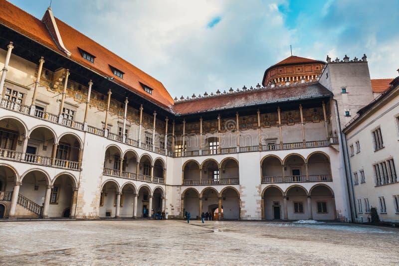 Wewnętrzny podwórze Wawel kasztel w Krakowskim, Polska obrazy stock