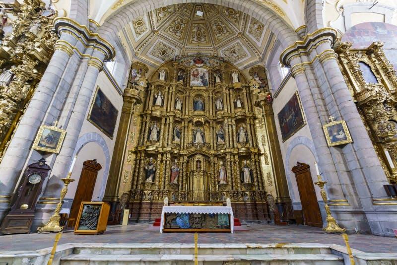 Wewnętrzny widok kościół Santo Domingo zdjęcia royalty free