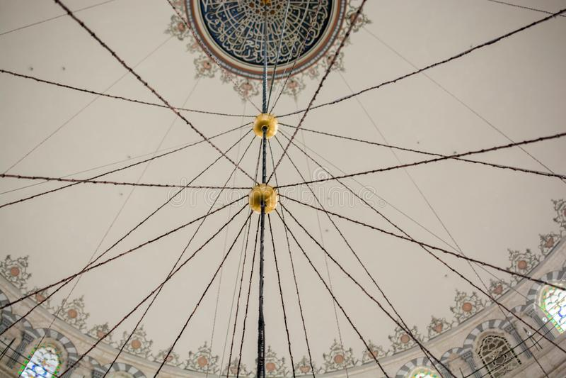 Wewnętrzny widok kopuła w Osmańskiej architekturze fotografia royalty free