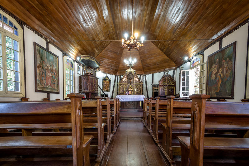 Wewnętrzny widok niemiec Fachwerk stylu kościół przy Imigrującym wioska parkiem - nowa Petropolis, rio grande robi Sul, Brazylia fotografia stock