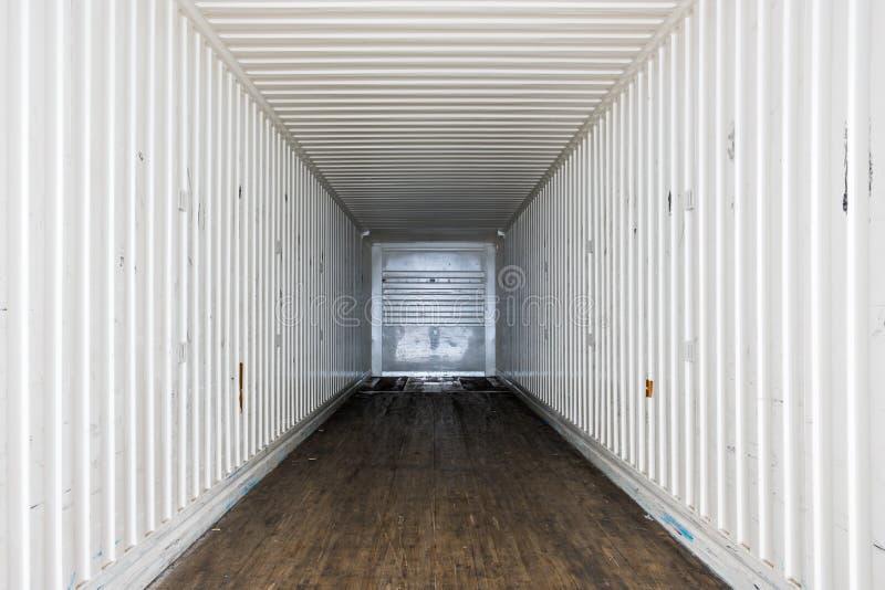 Wewnętrzny widok pusta ciężarówka suchy Samochód dostawczy Przyczepa semi zdjęcia royalty free