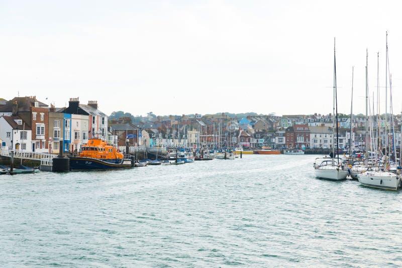 Weymouth, Royaume-Uni - 18 juillet 2017 : jolie rivière britannique vi photos stock