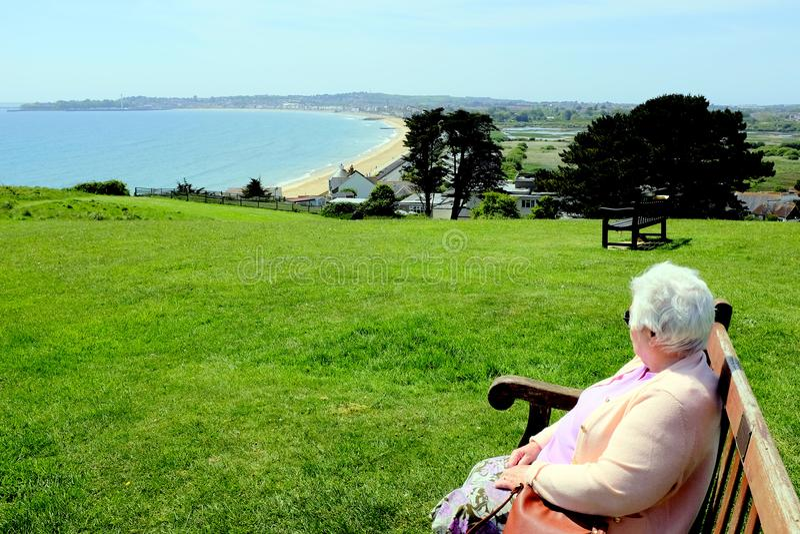 Weymouth sikt från Overcombe, Dorset, UK fotografering för bildbyråer